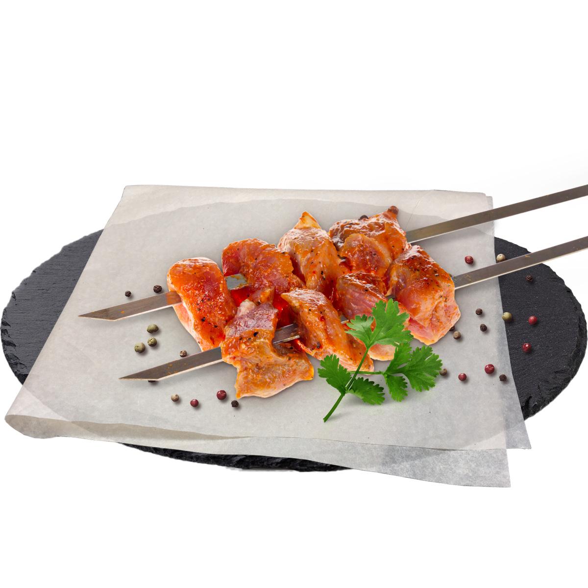 Полуфабрикат для шашлыка из свиного окорока в брусничном маринаде