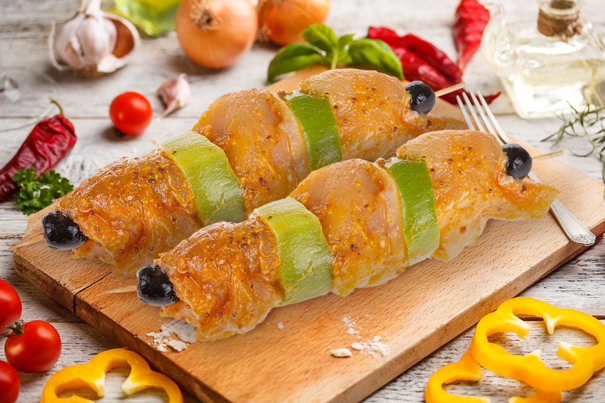 Шашлык куриный в горчично-сладком маринаде, охлажденный
